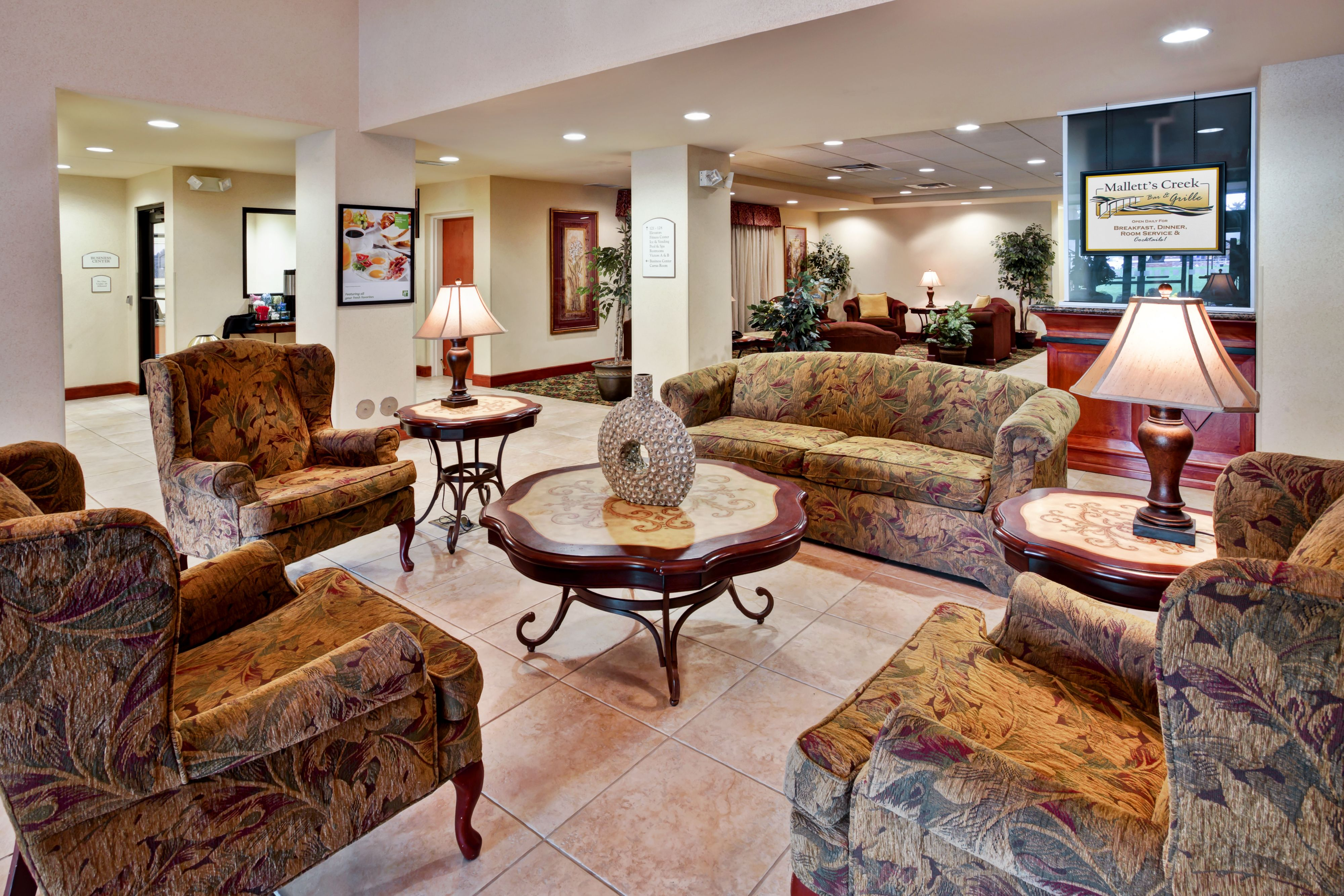 Holiday Inn Hotel And Suites Ann Arbor Univ Michigan Area