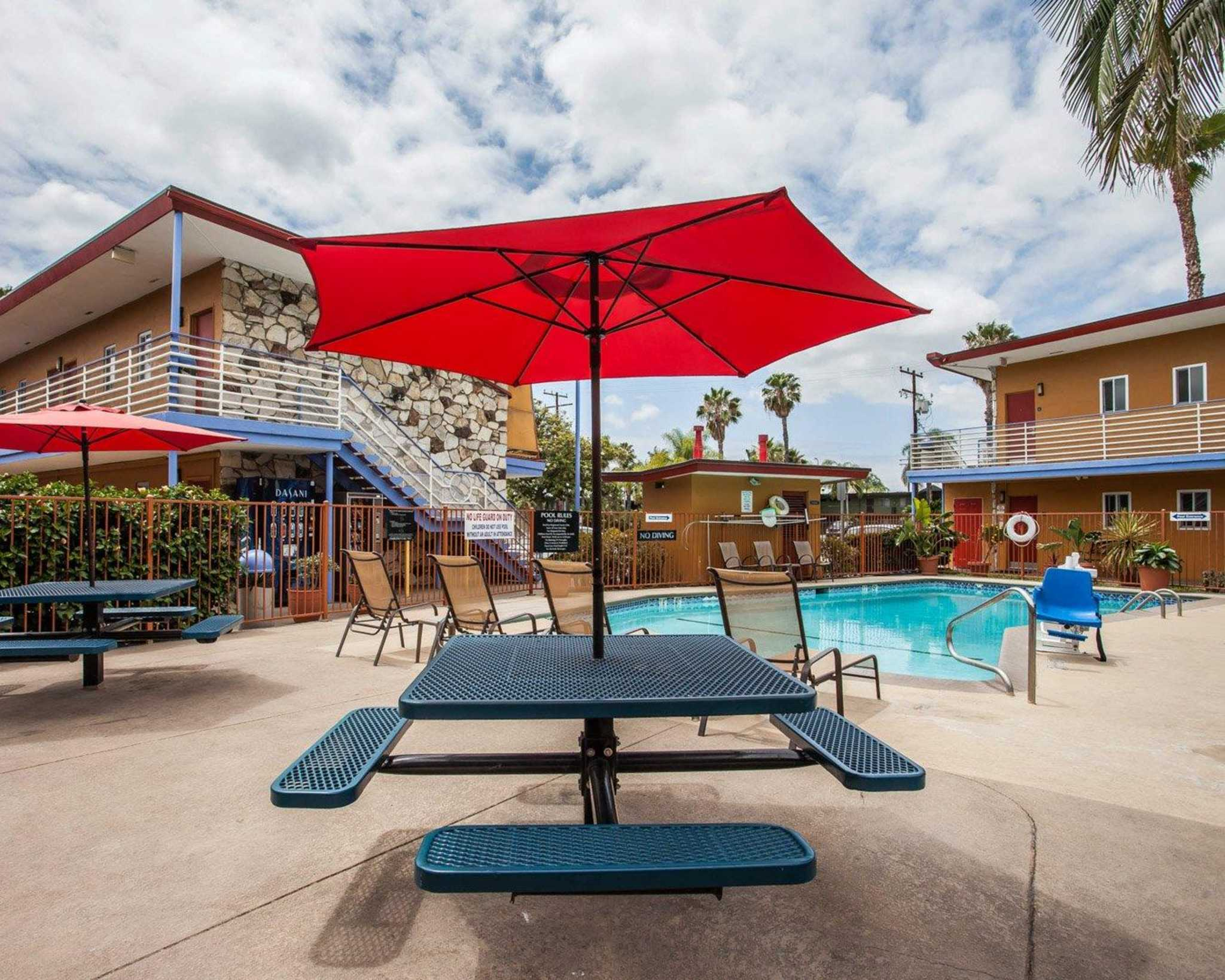 Quality Inn & Suites Anaheim at the Park image 12