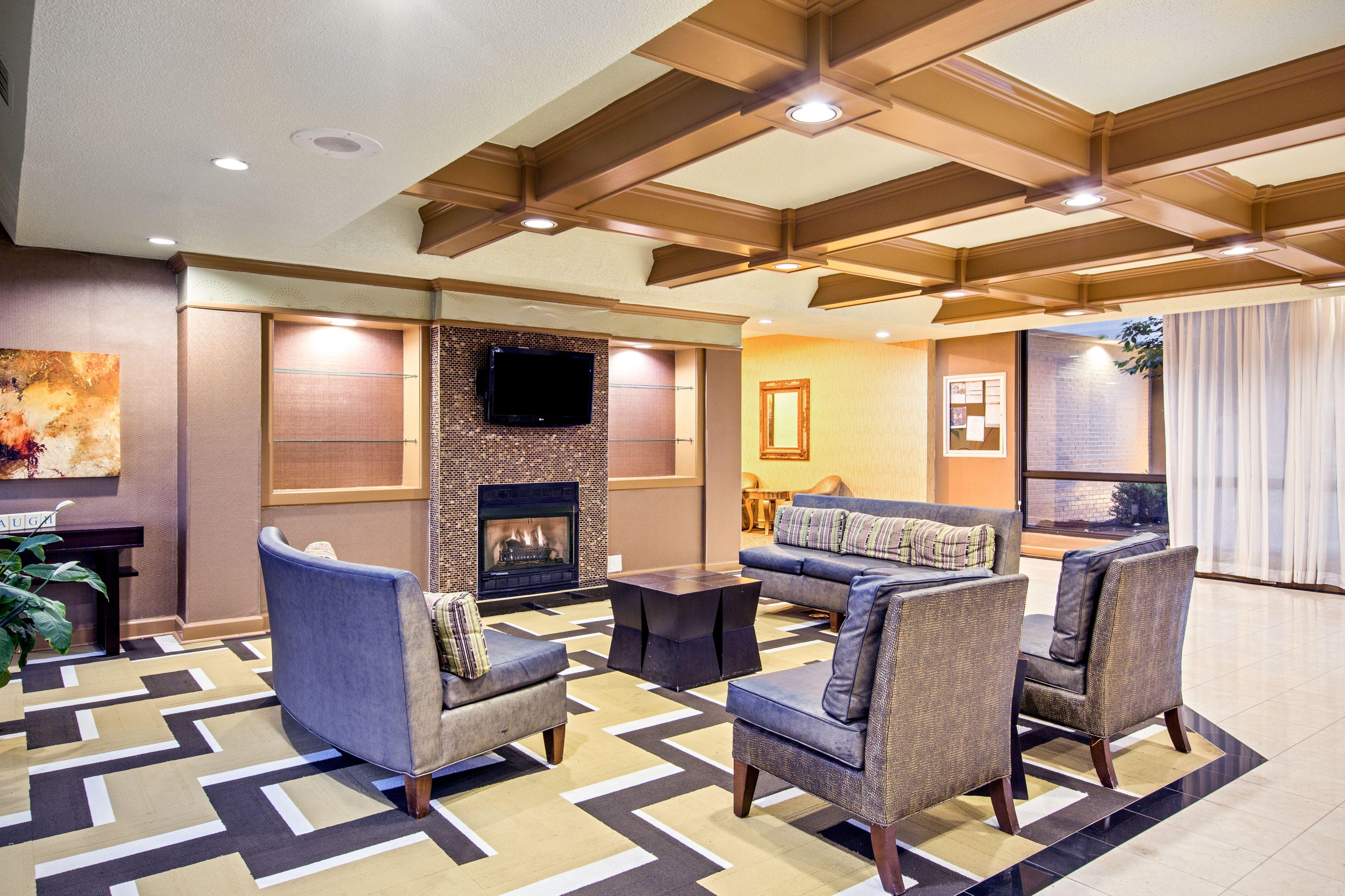 Holiday Inn Roanoke-Tanglewood-Rt 419&I581 image 4