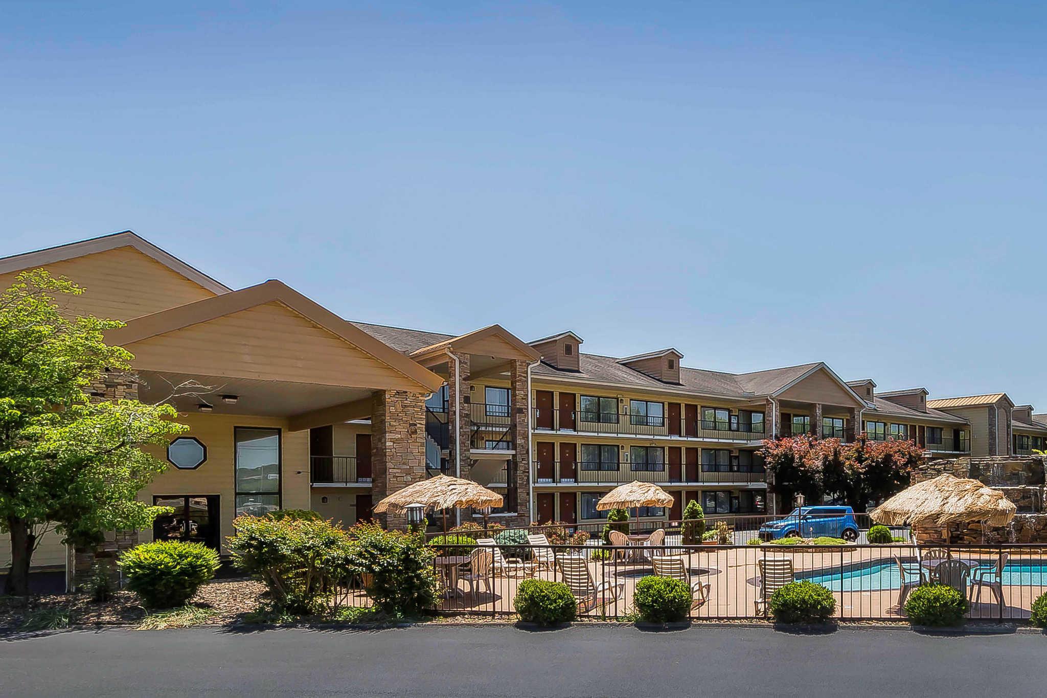 Quality Inn & Suites River Suites image 1