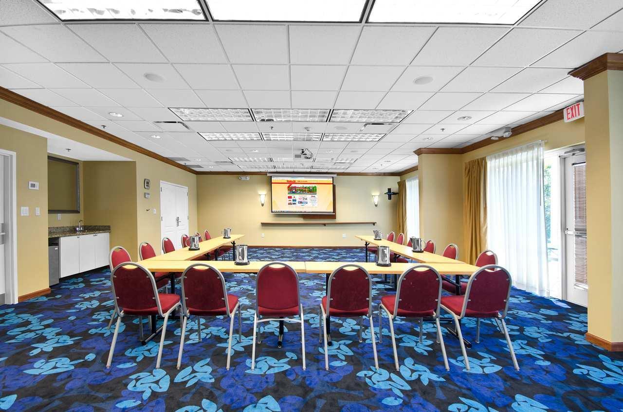 Hampton Inn & Suites Jacksonville South-St. Johns Town Center Area image 21