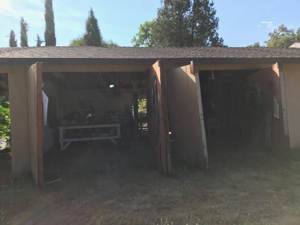 GR8 Garage Door image 76