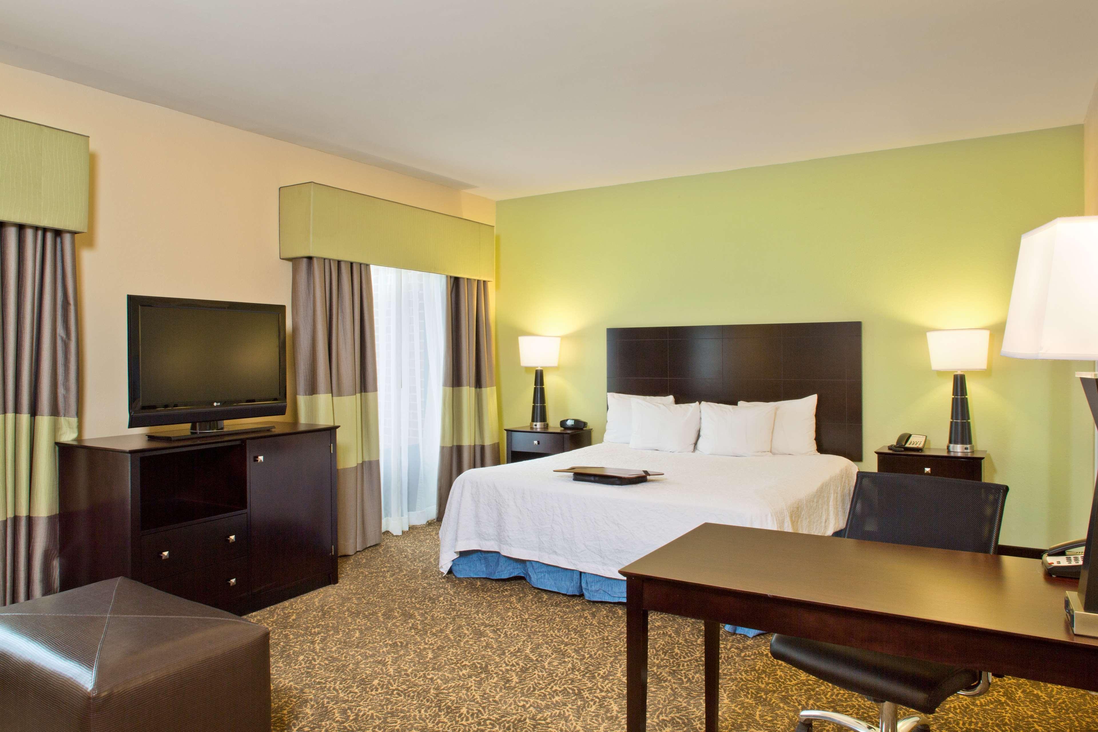 Hampton Inn & Suites Arundel Mills/Baltimore image 11
