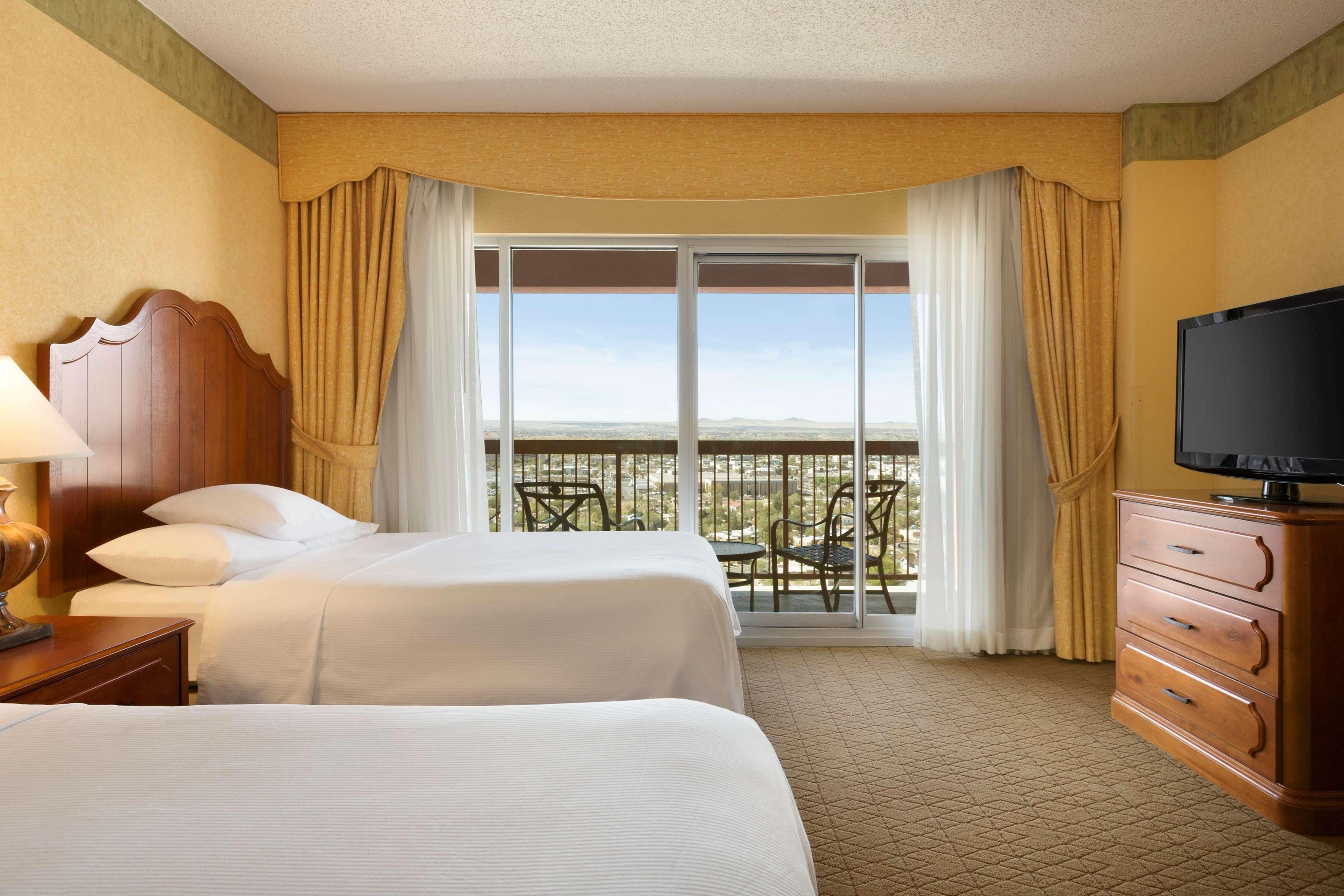 Embassy Suites by Hilton Albuquerque Hotel & Spa image 15