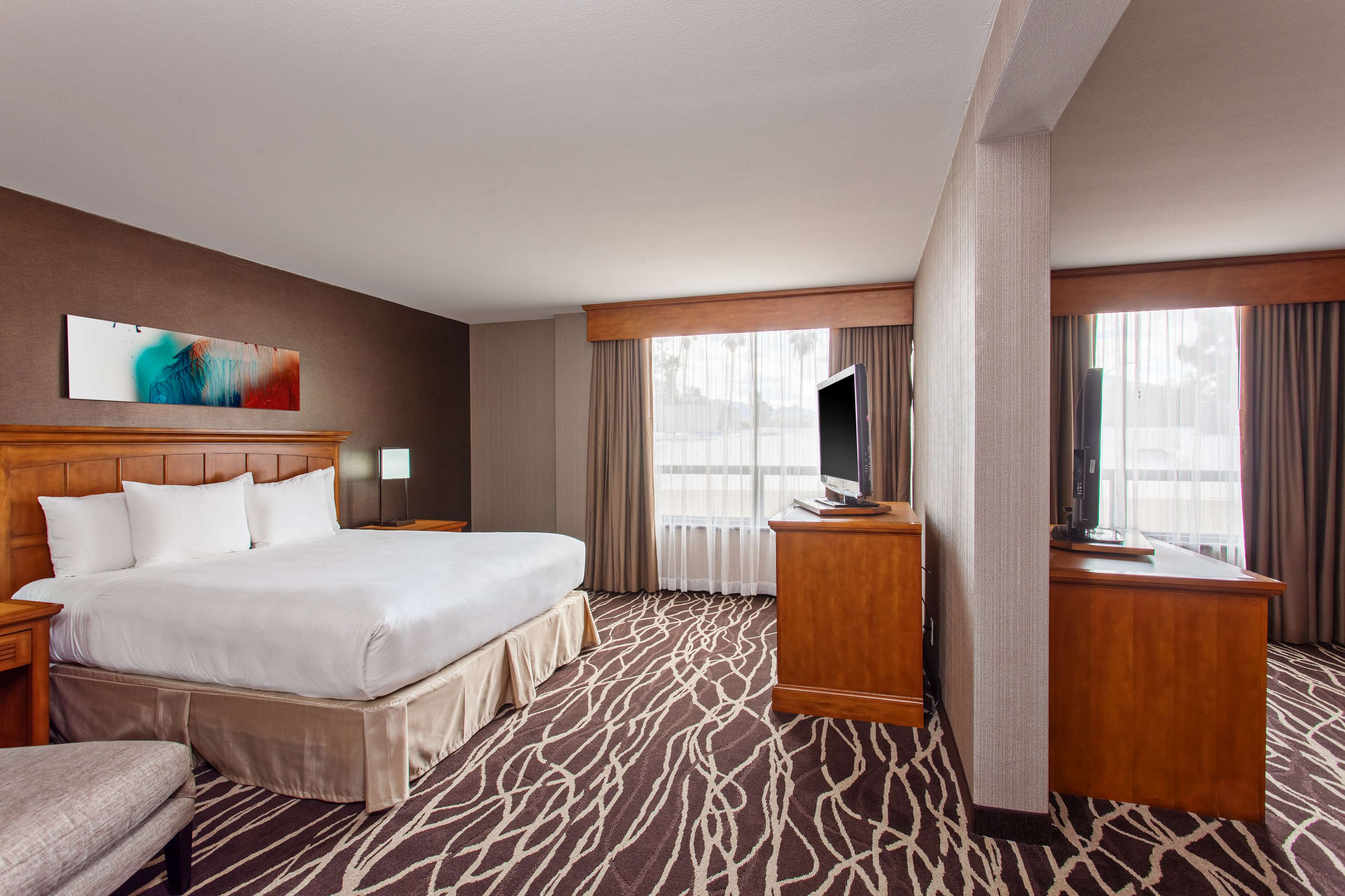 DoubleTree by Hilton Hotel San Bernardino image 23