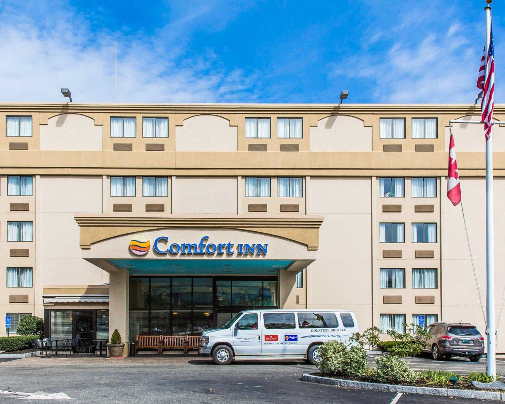 comfort inn coupons boston ma near me 8coupons. Black Bedroom Furniture Sets. Home Design Ideas