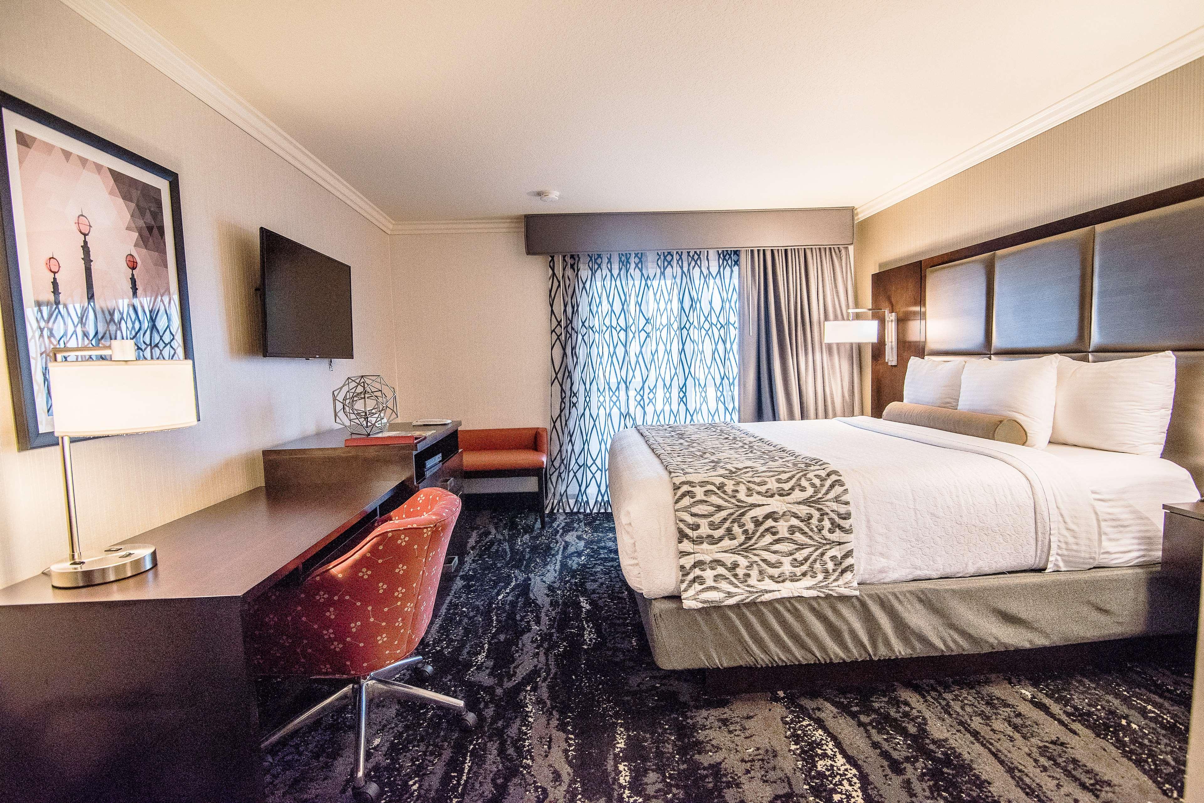 Best Western Plus Redondo Beach Inn image 38