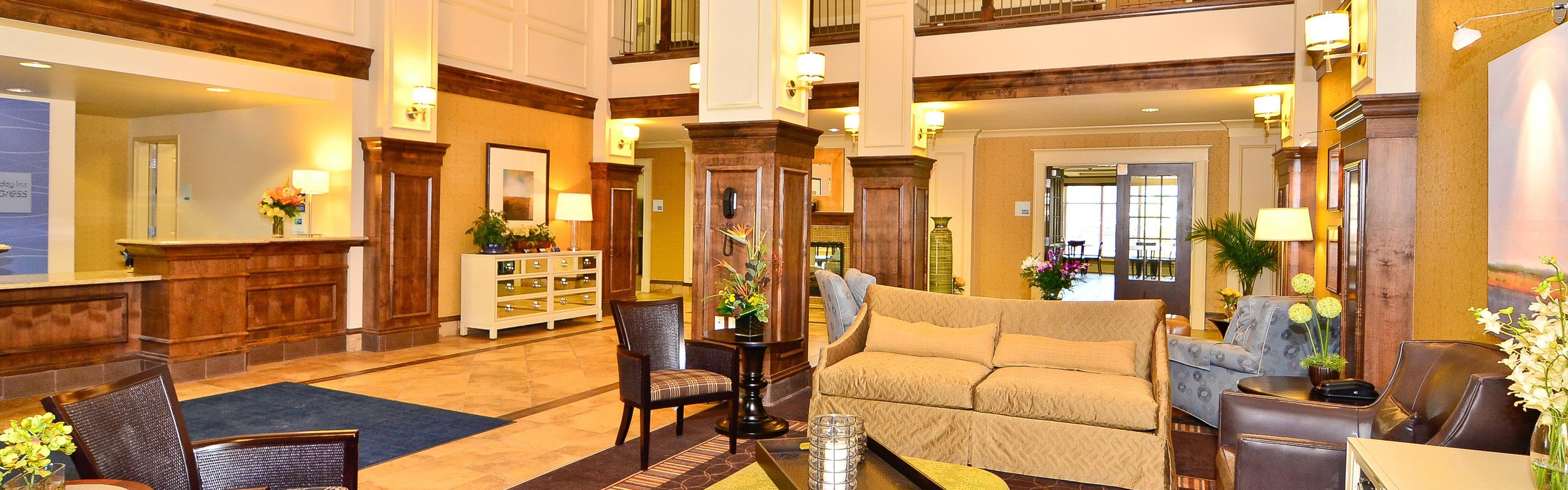 Holiday Inn Express & Suites Williston image 0