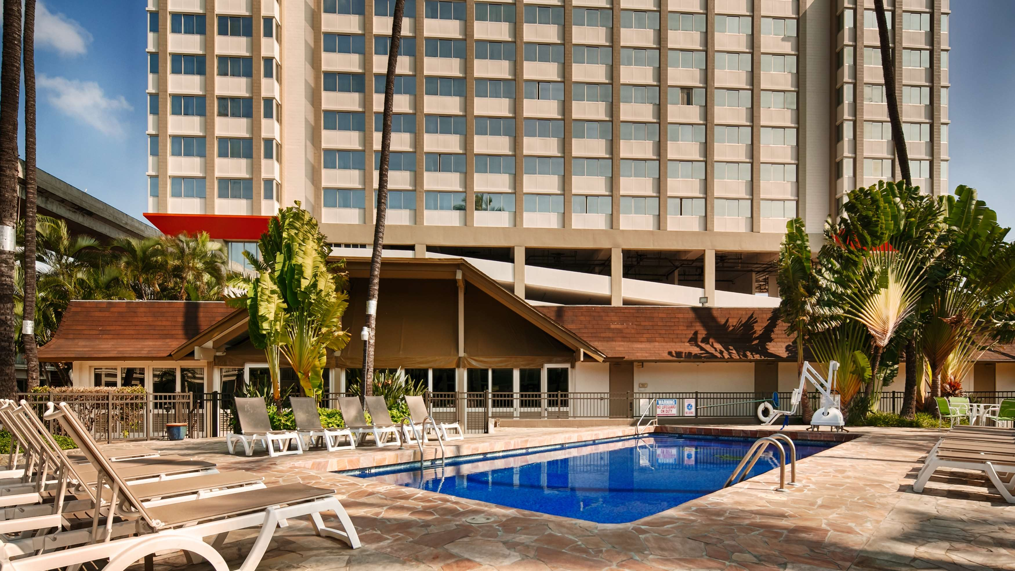 Best Western The Plaza Hotel image 15
