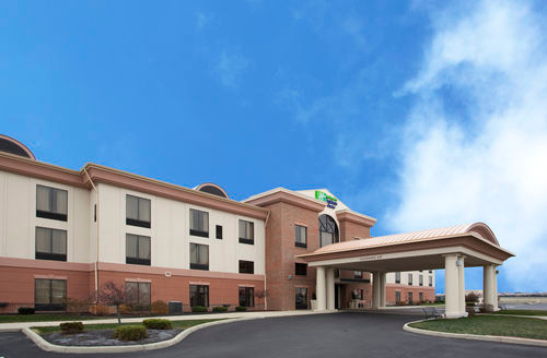 Holiday Inn Express & Suites Bowling Green image 4