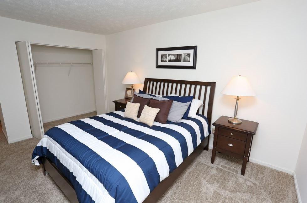 Patchen Oaks Apartments image 3