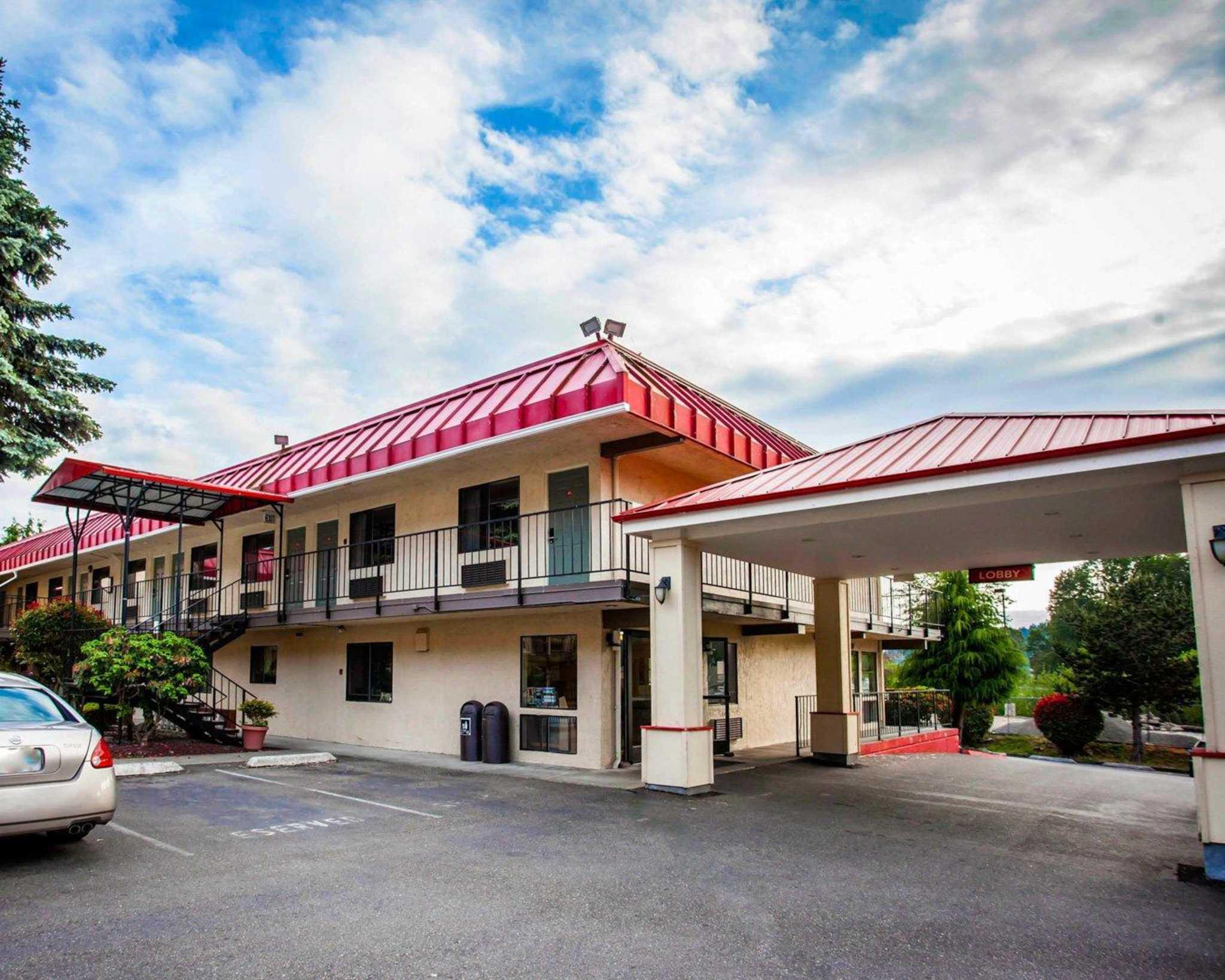 Econo Lodge Renton-Bellevue image 2