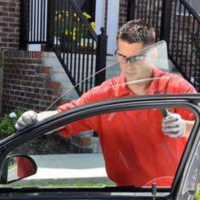 Pasadena Auto Glass image 0