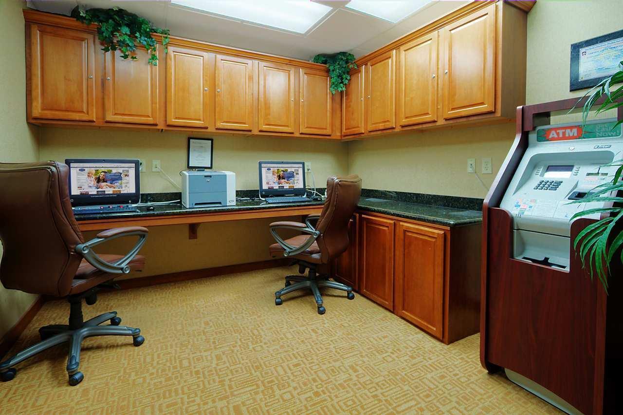 Hampton Inn & Suites Yuma image 20