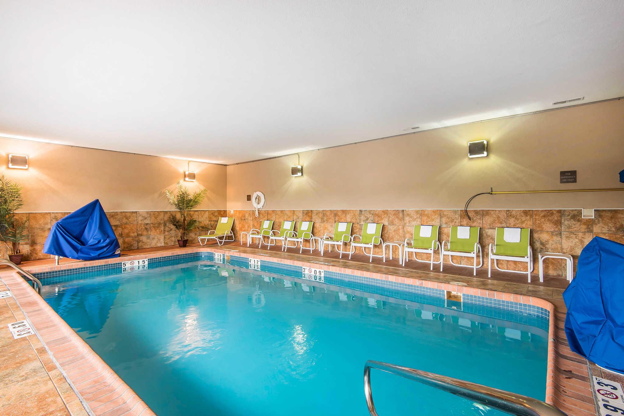 Comfort Inn & Suites Kansas City - Northeast image 28