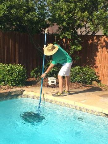Blue Bay Pool Service - ad image