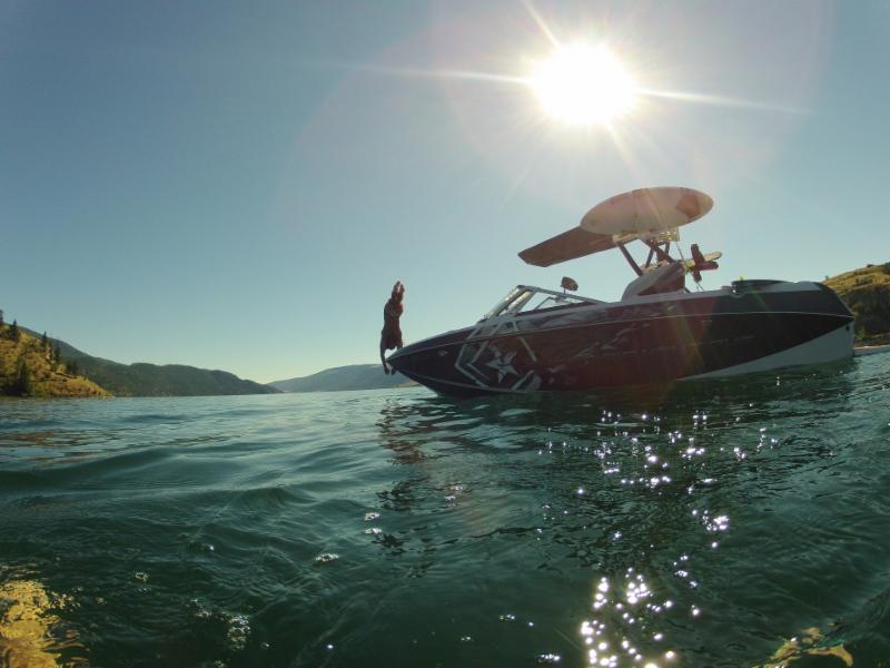 Wakebenders Boat Rentals