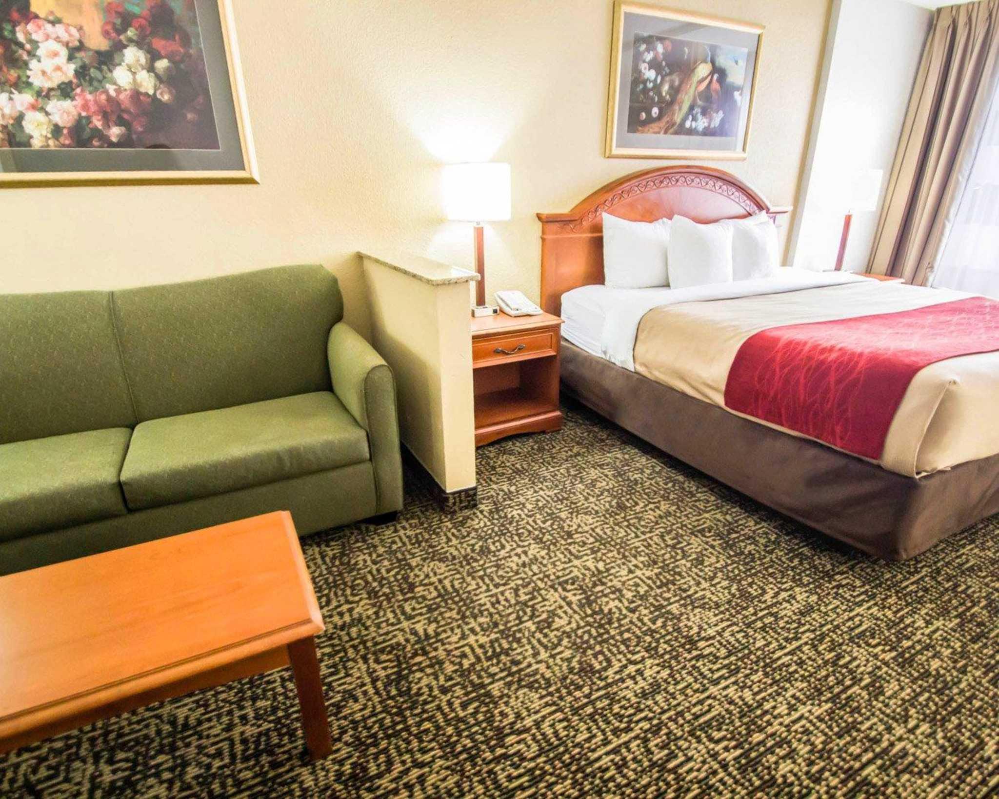 Quality Inn & Suites Winter Park Village Area image 25