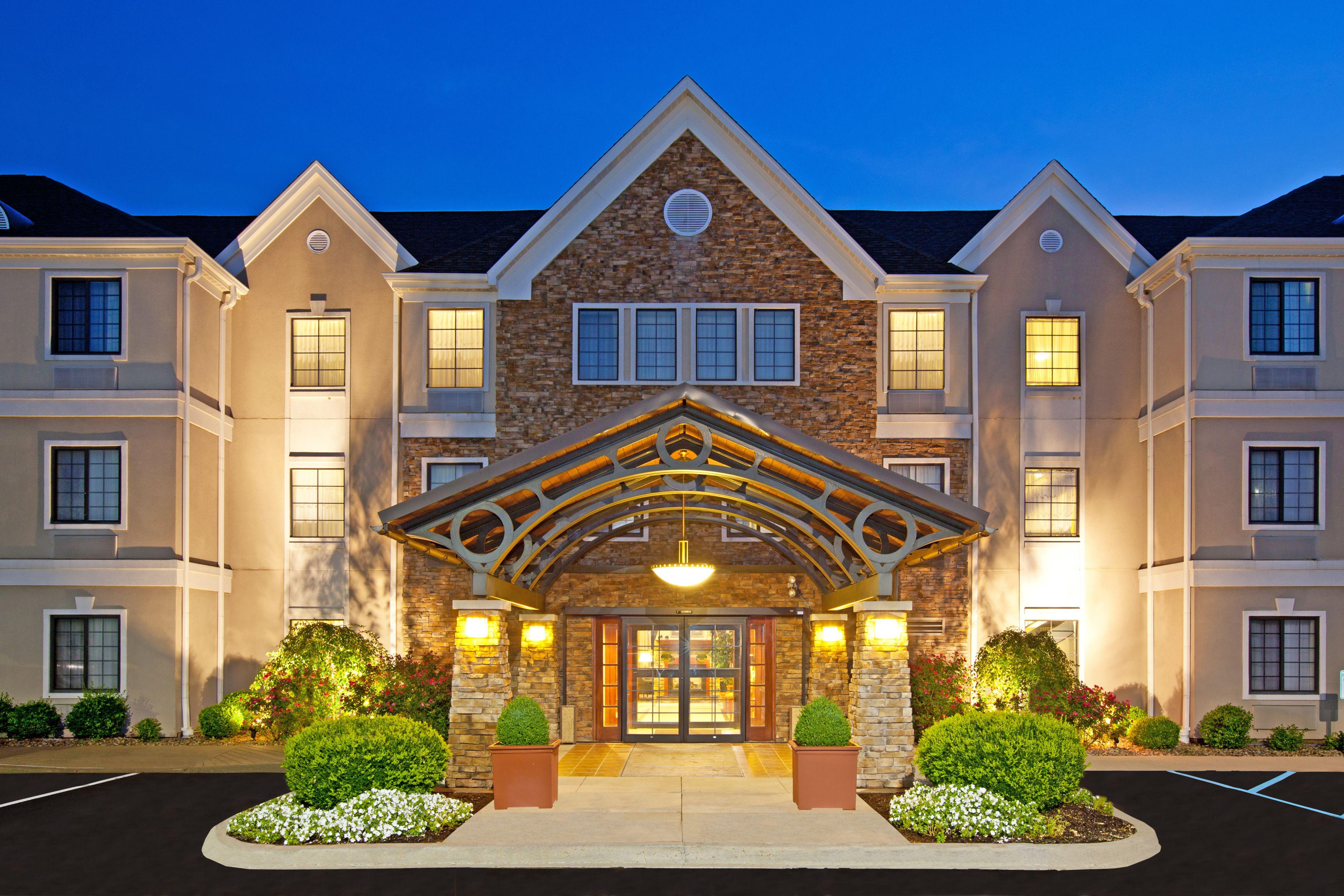 Staybridge Suites Louisville-East image 5