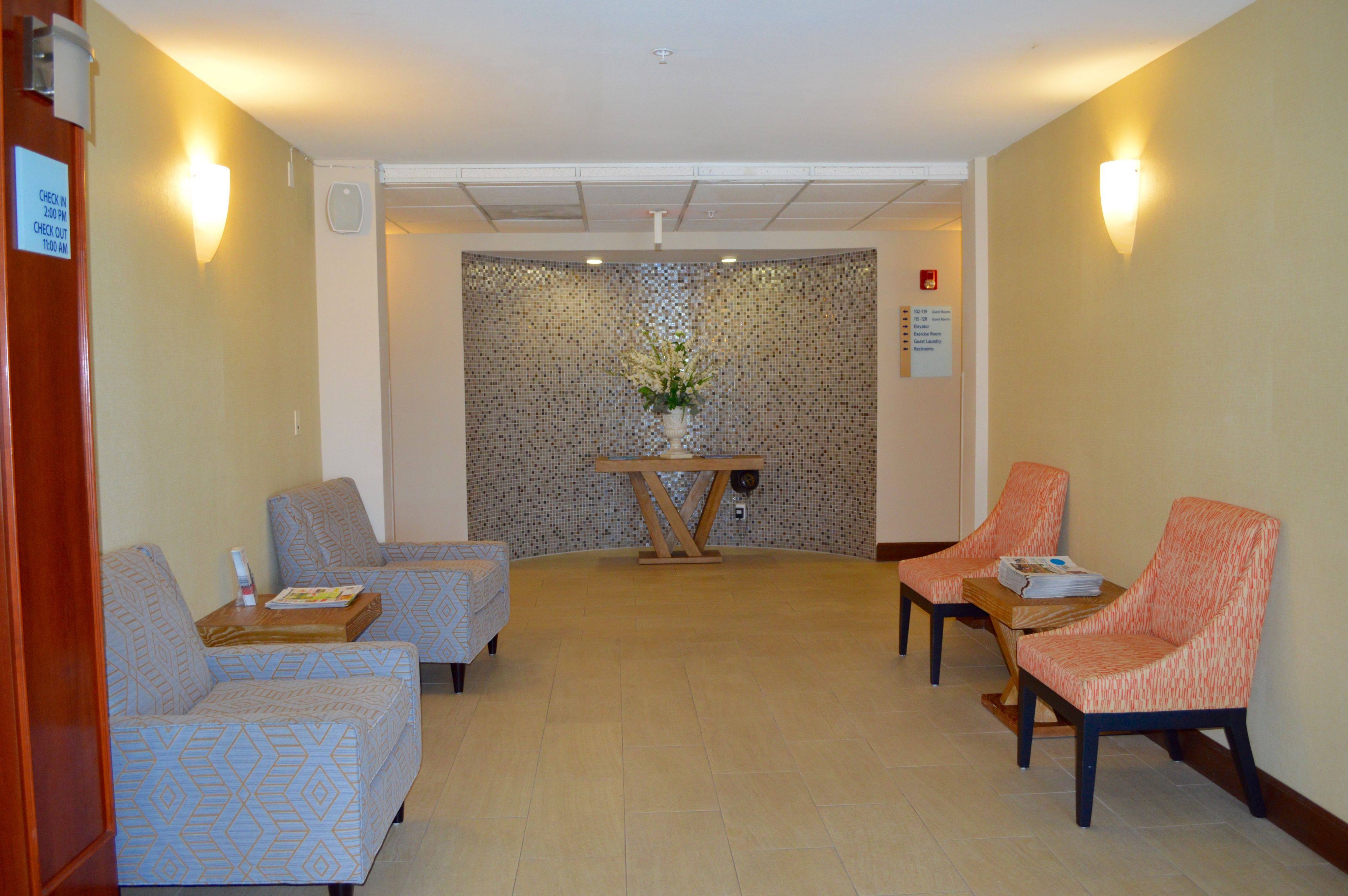 Holiday Inn Express Calexico image 4