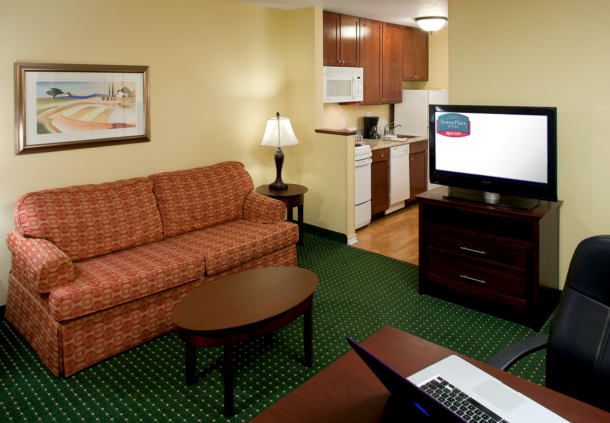 TownePlace Suites by Marriott Texarkana image 8