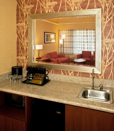Courtyard by Marriott Ventura Simi Valley image 4
