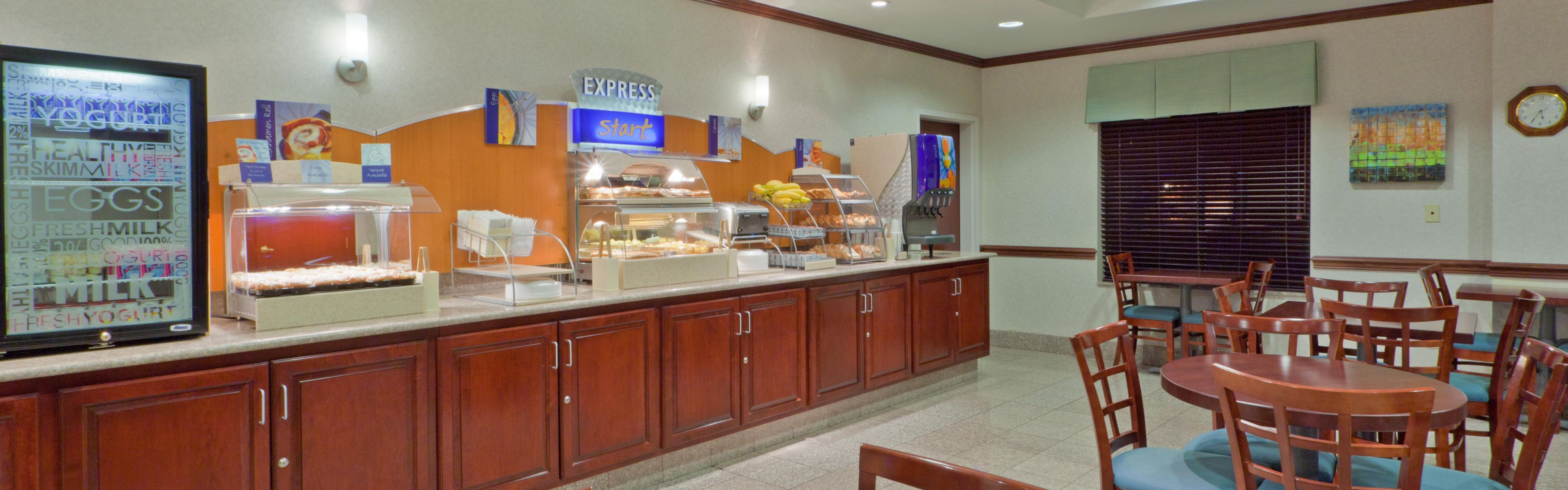 Holiday Inn Express Lordstown-Newton Falls/Warren image 3