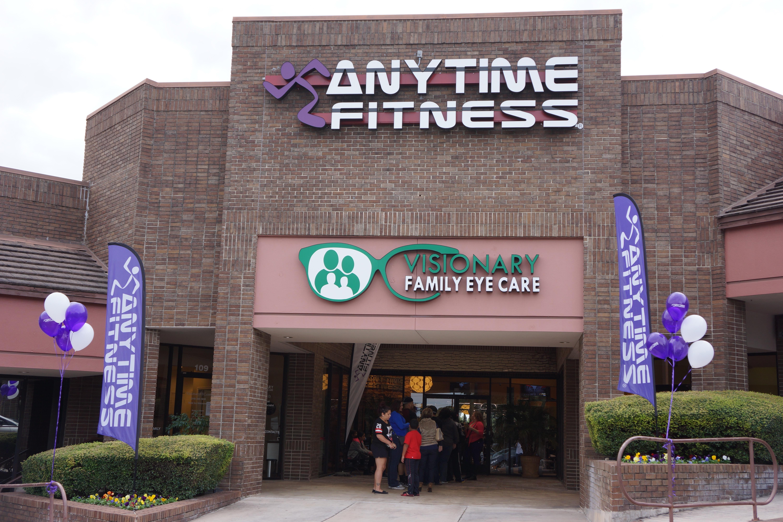 Gold's Gym - Home | Facebook