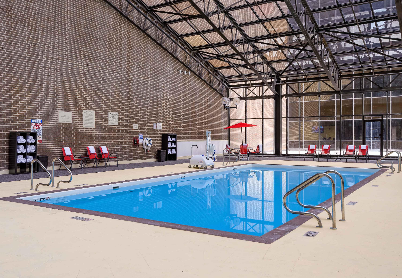 Houston Marriott West Loop by The Galleria image 14