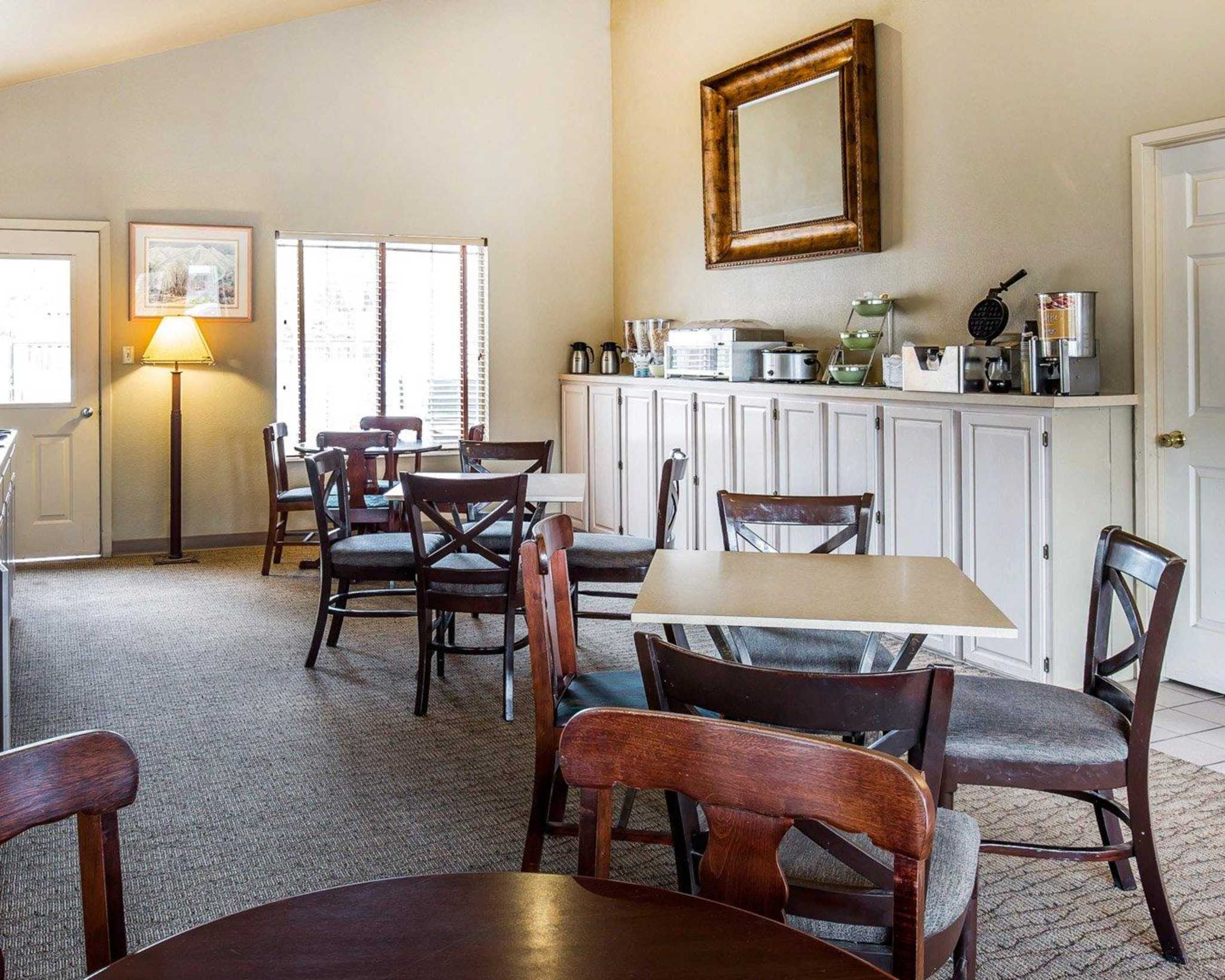 Quality Inn & Suites Minden US-395 image 22