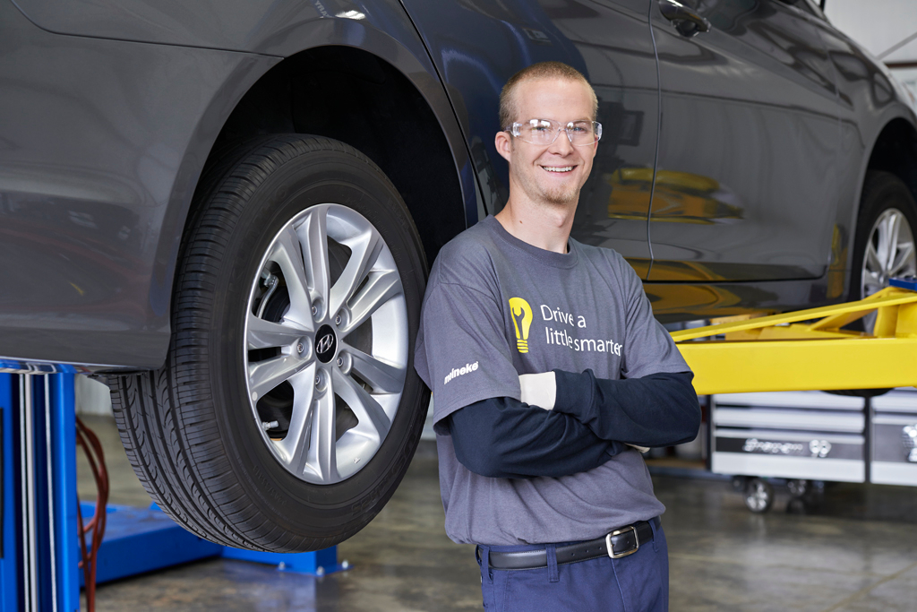 Meineke Car Care Center image 6