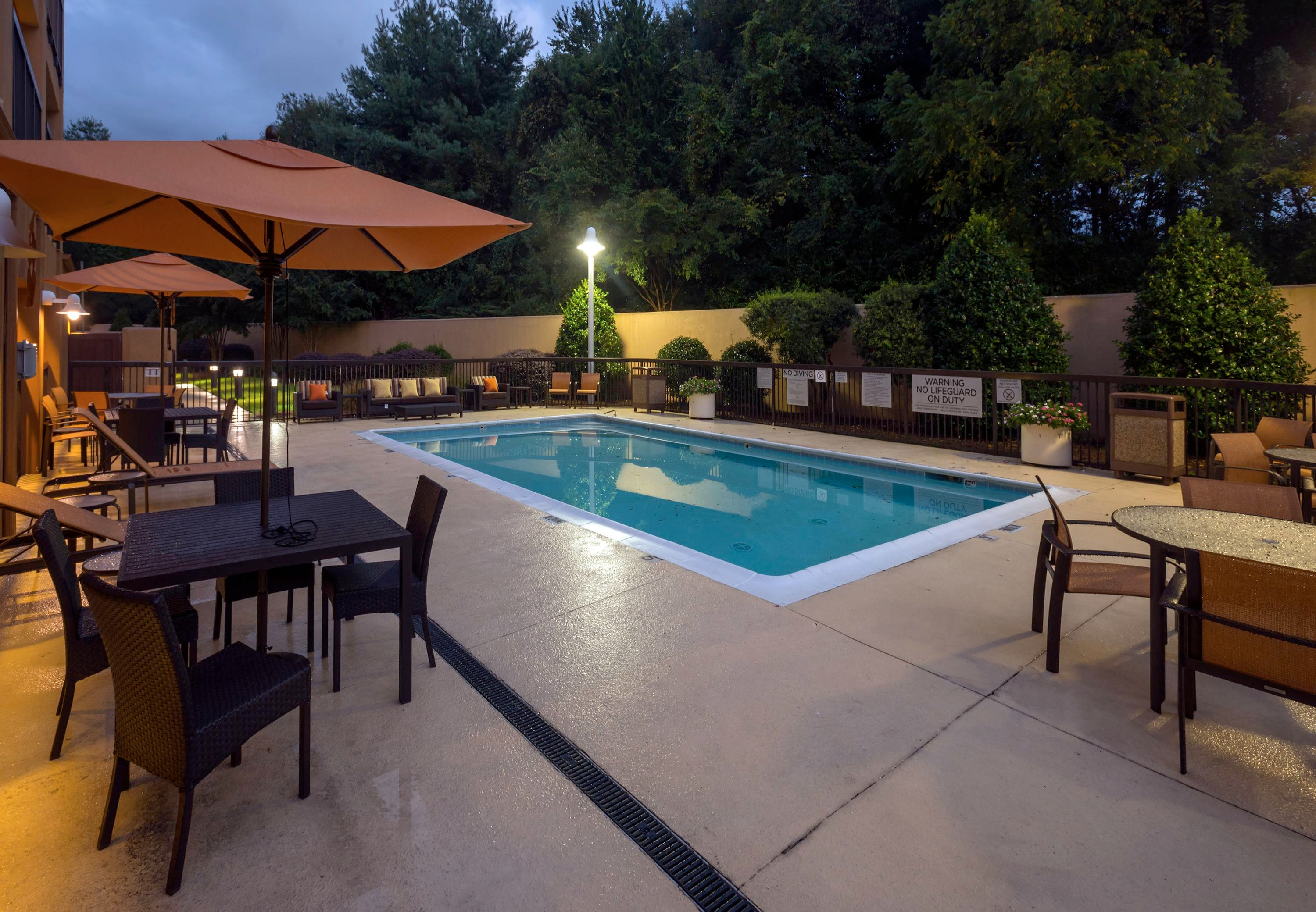 Courtyard By Marriott Winston Salem Hanes Mall Winston Salem Nc Company Page