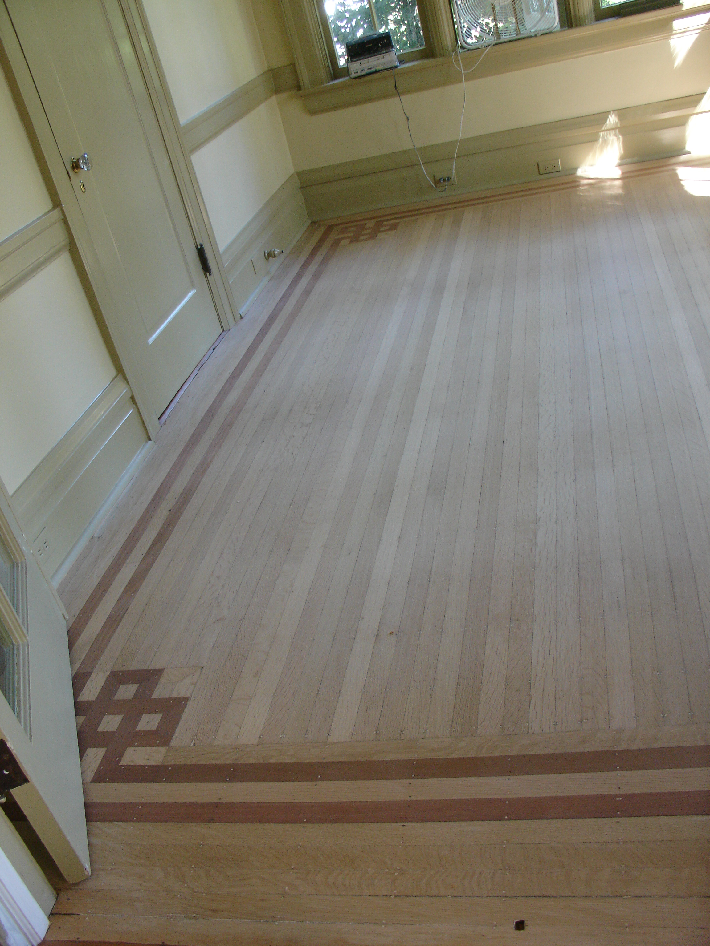 Central hardwood flooring coupons near me in pensacola for Flooring places near me