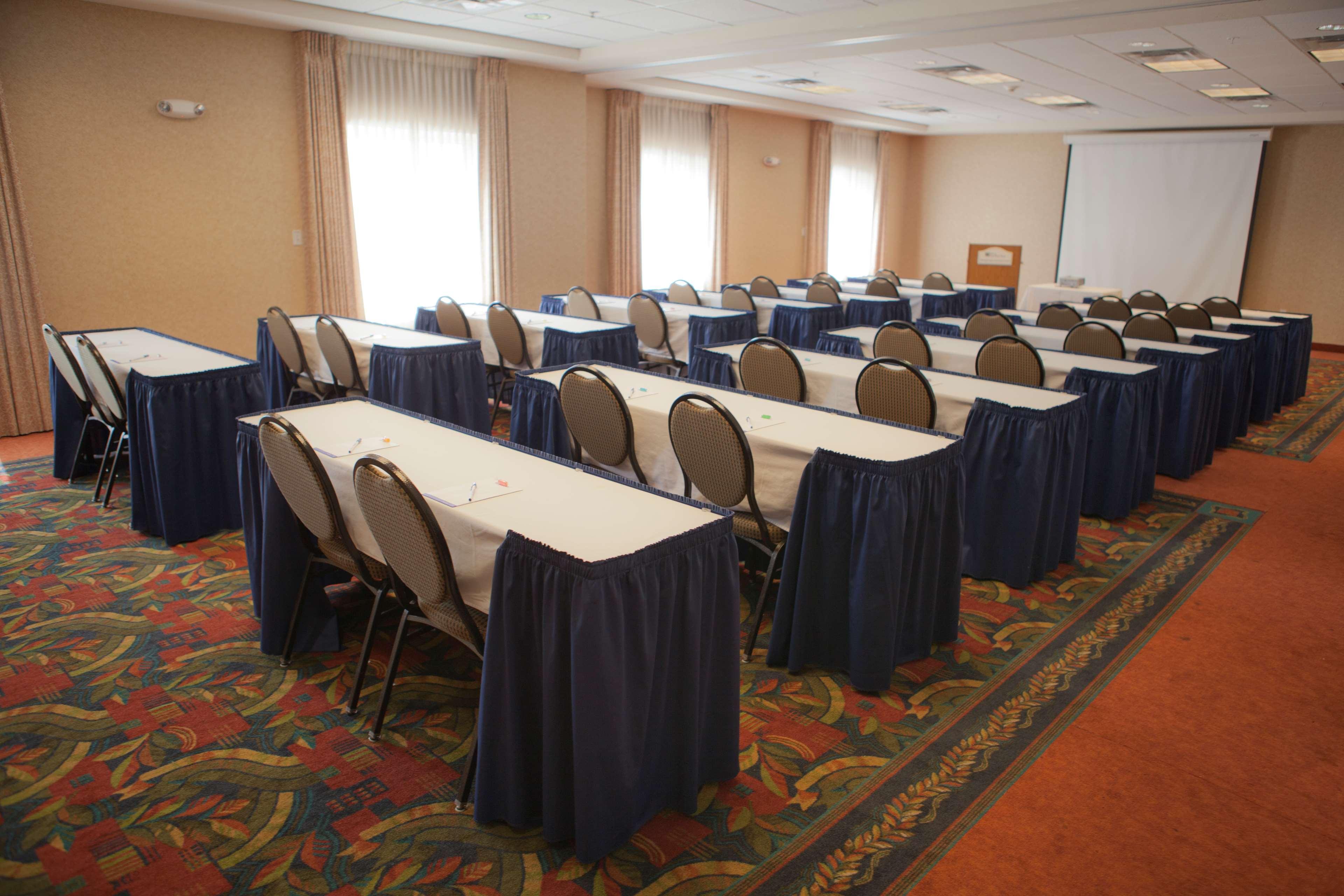 Hilton Garden Inn Albuquerque/Journal Center image 30
