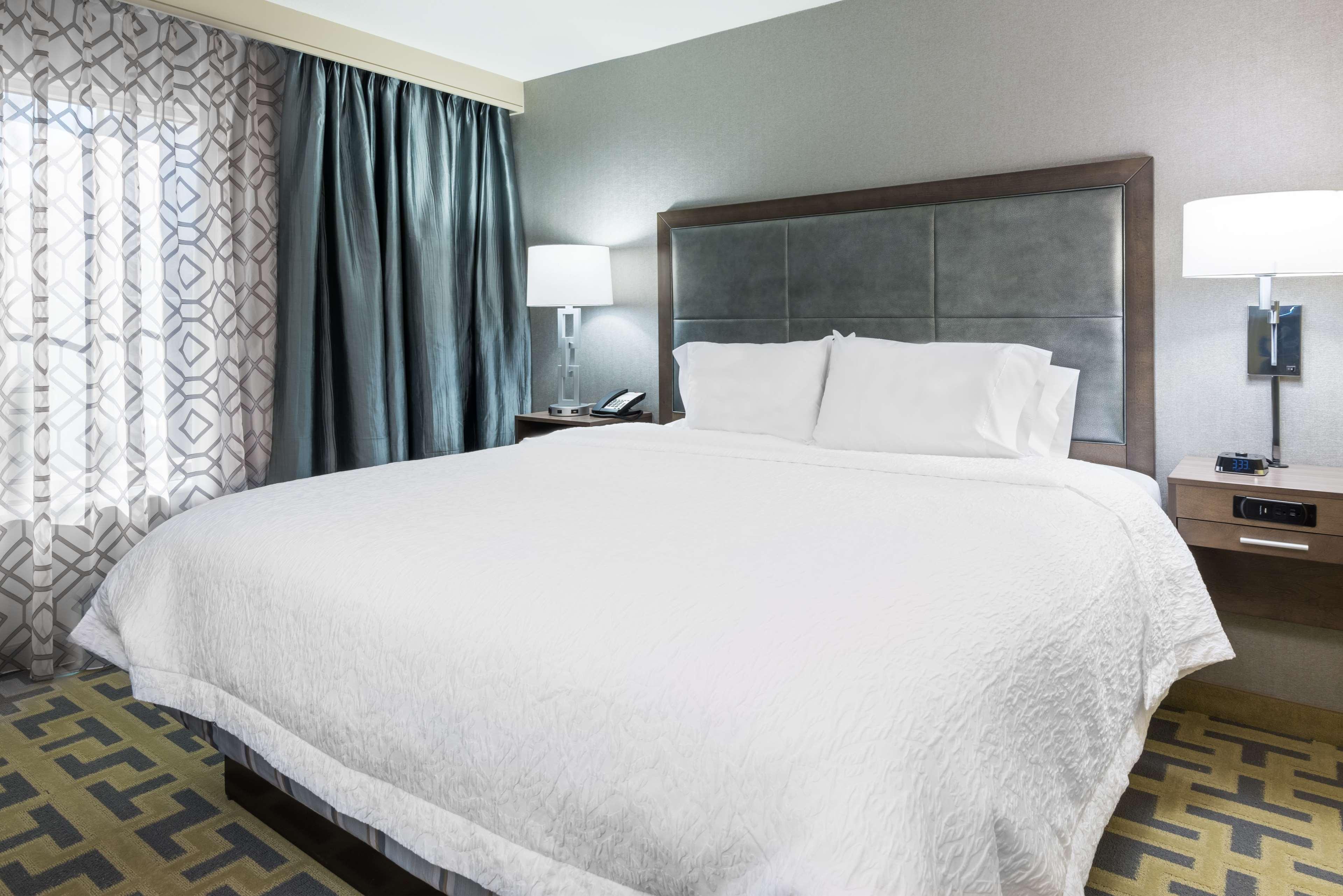 Hampton Inn & Suites Tampa Airport Avion Park Westshore image 19