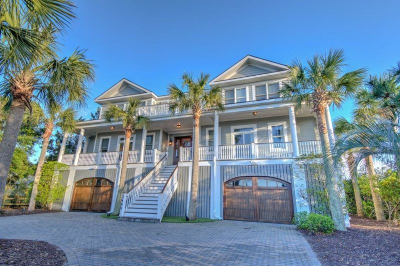 Isle of Palms Vacation Rentals by Exclusive Properties image 18