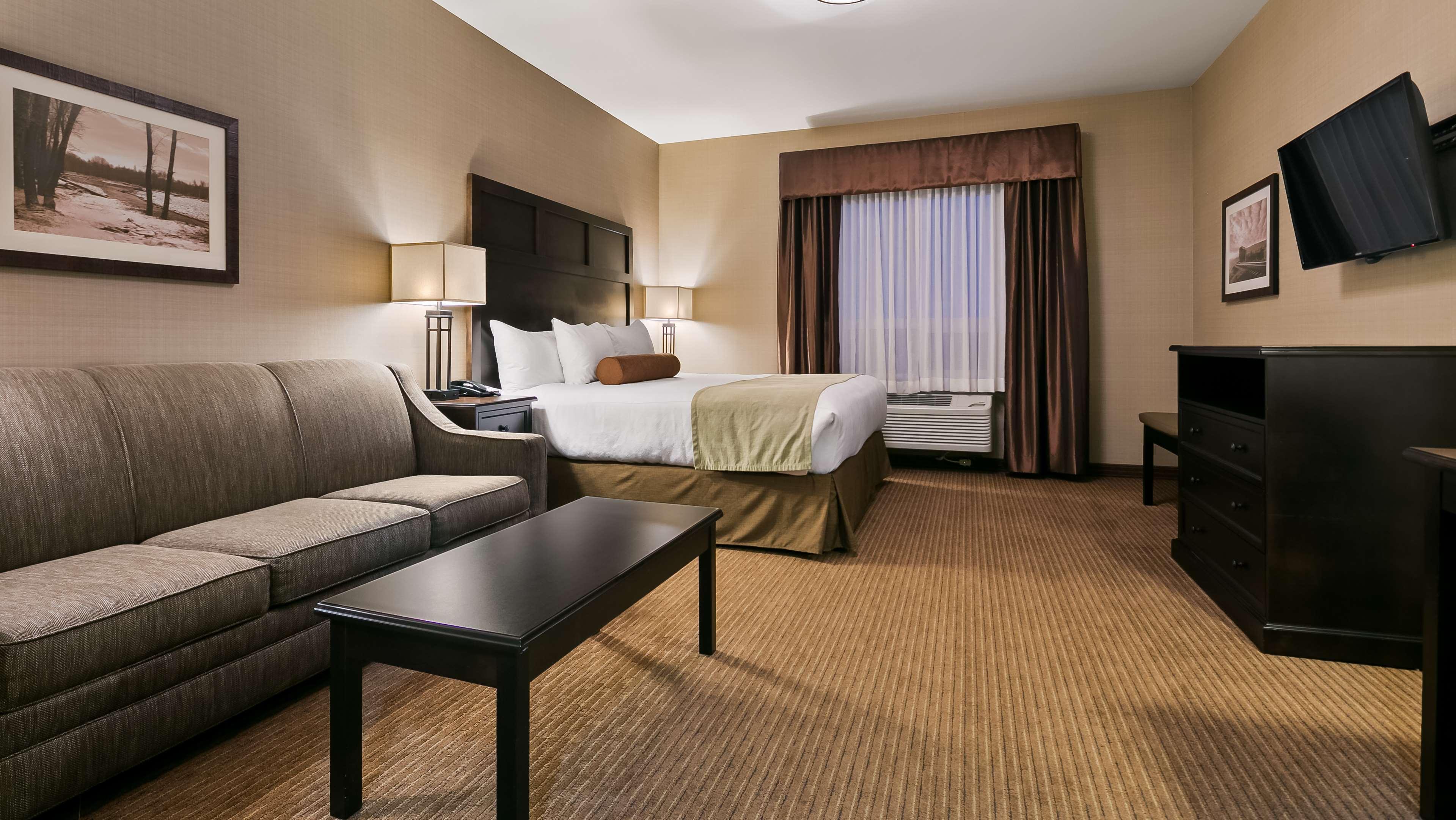 Hotel Rooms Okotoks