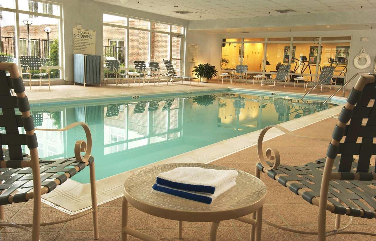 Hampton Inn Dulles/Cascades image 2