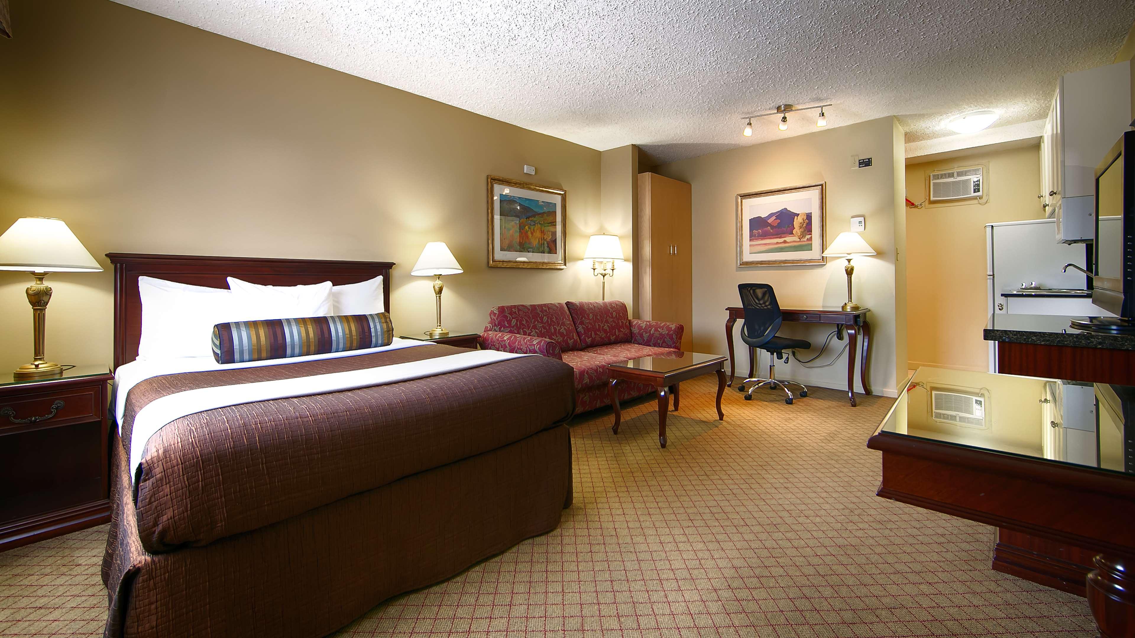 Best Western Bakerview Inn in Abbotsford: Kitchenette Guest Room