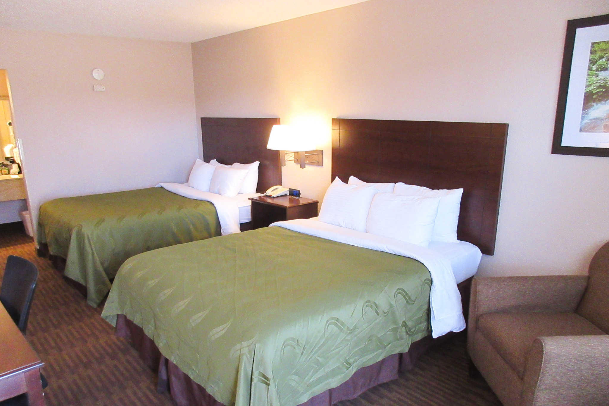 Quality Inn & Suites Lawrence - University Area image 14