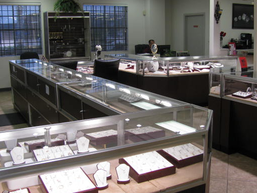 Shaw's R & R Jewelry and Loan image 4