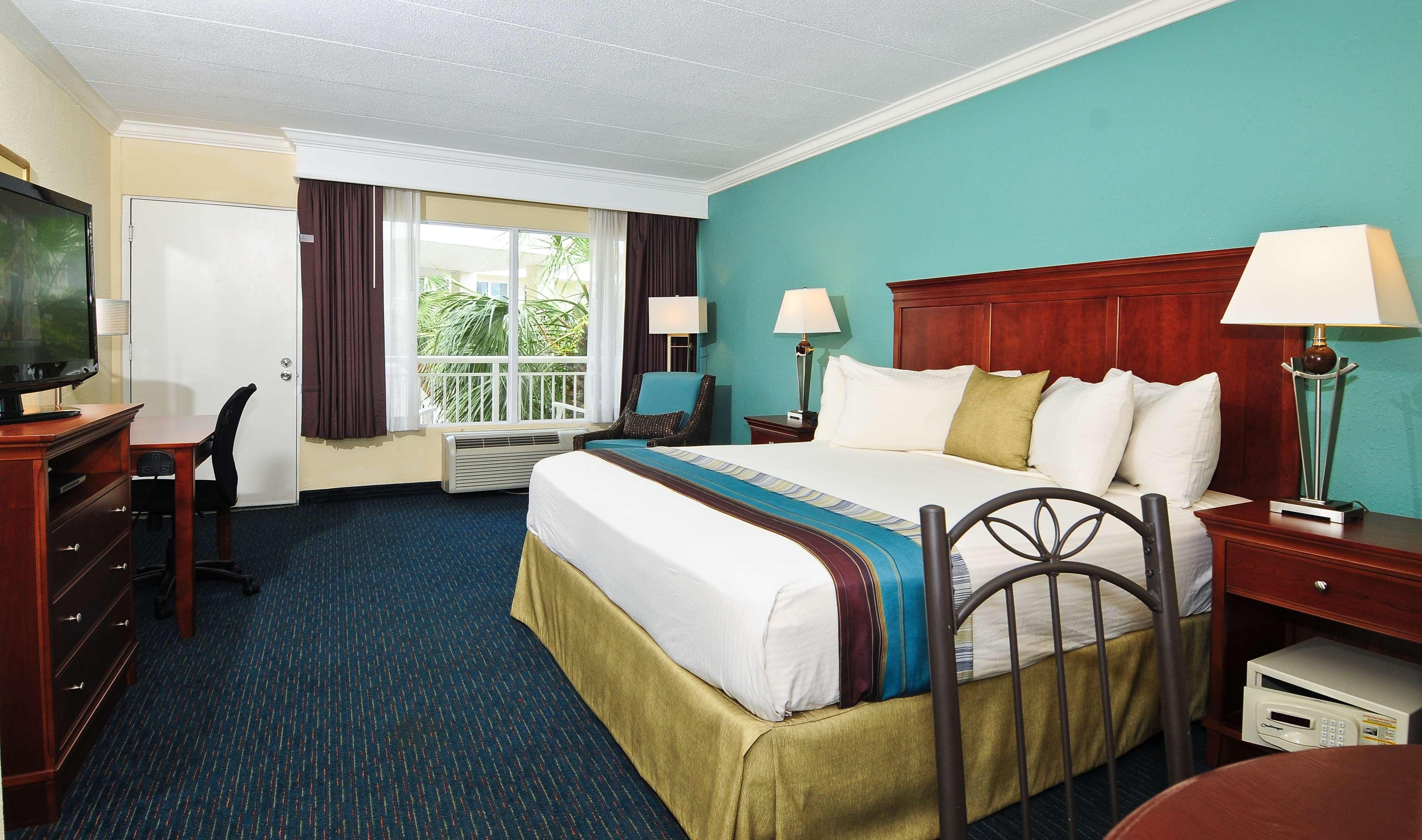 Best Western Plus Grand Strand Inn & Suites image 49