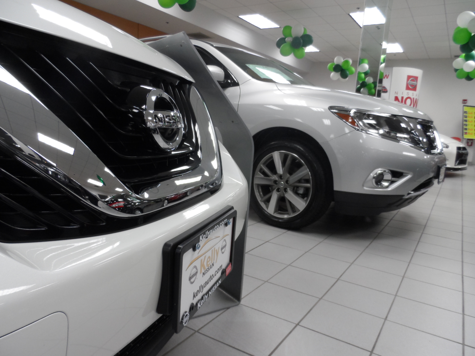 ... Kelly Nissan Of Lynnfield Image 2 ...