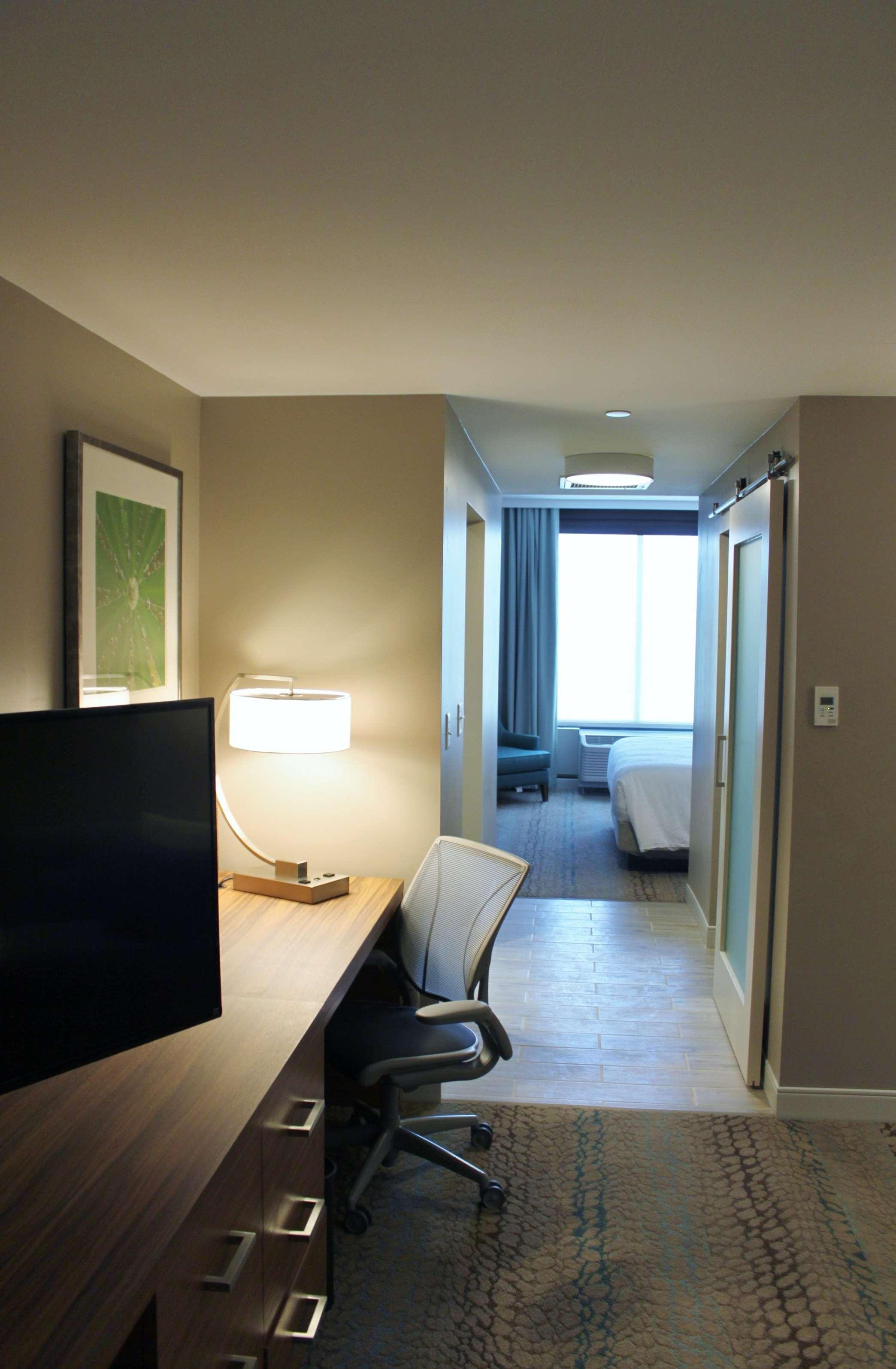 Hilton Garden Inn Boston/Marlborough image 1