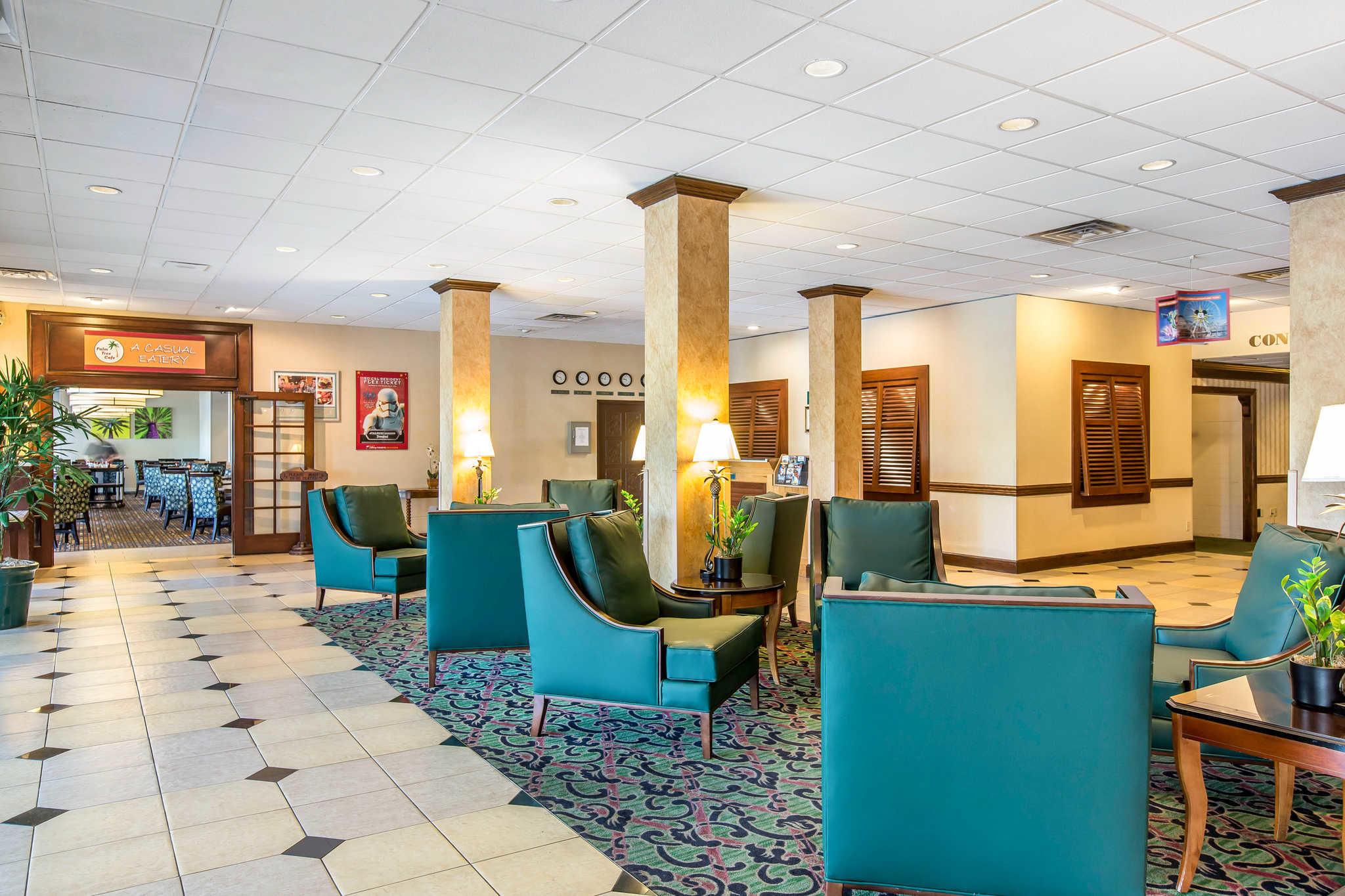 Clarion Hotel Anaheim Resort image 4
