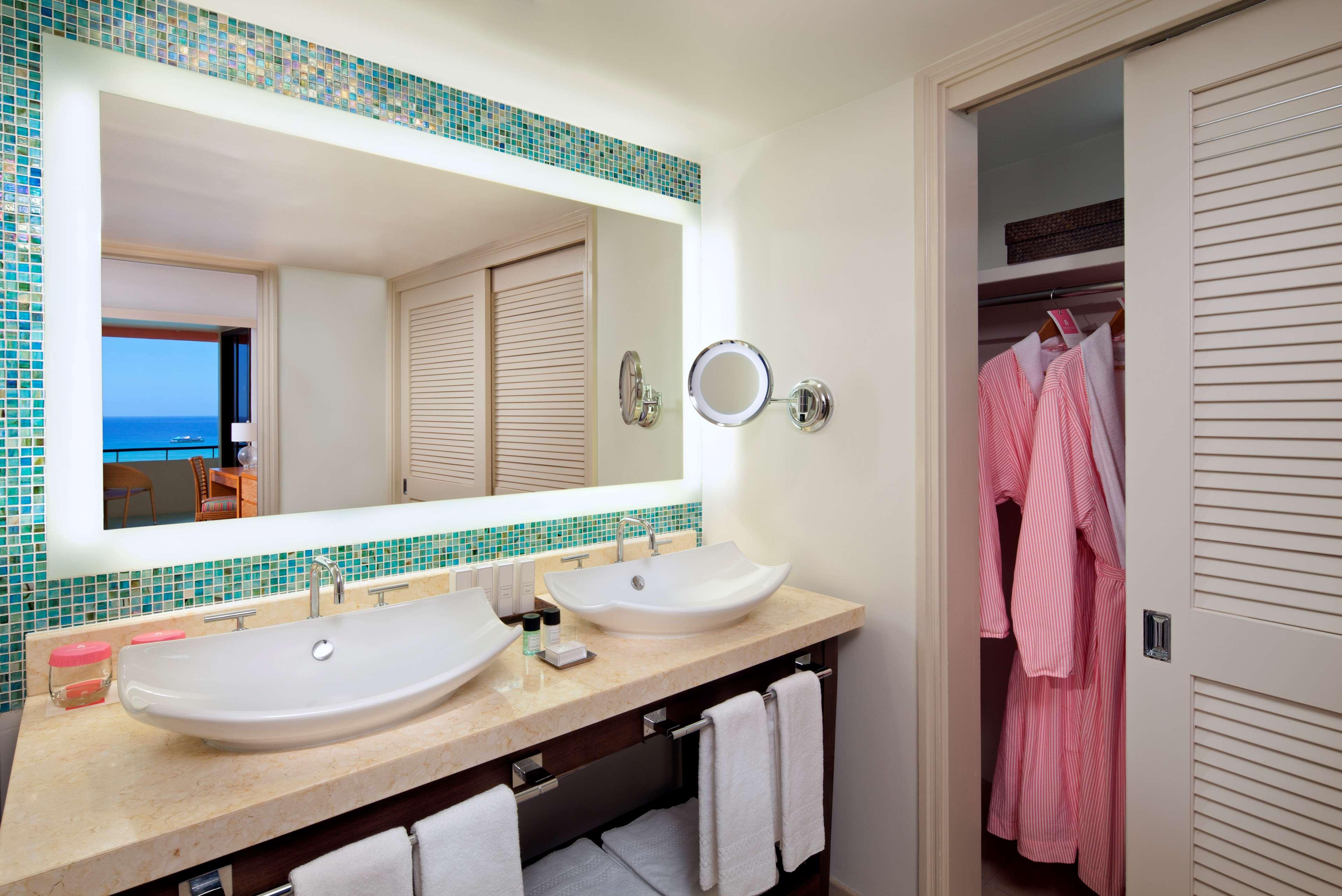 The Royal Hawaiian, a Luxury Collection Resort, Waikiki image 22