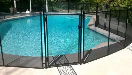 Nathans Pool Fence image 20