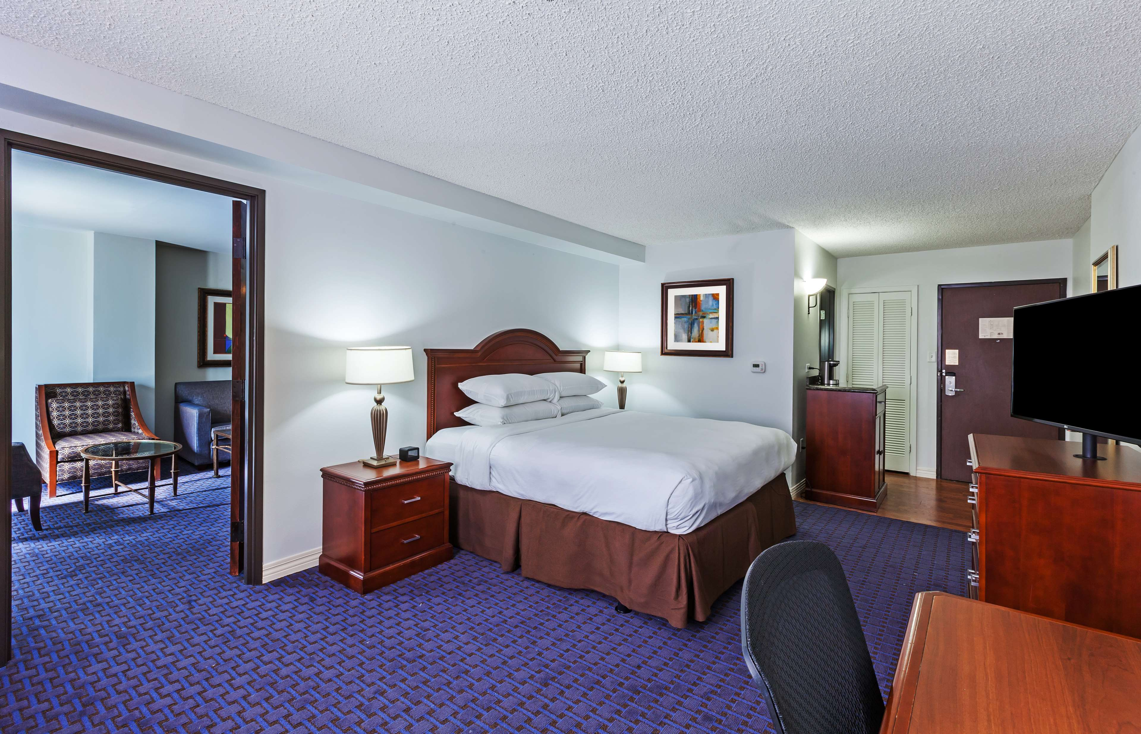 Hilton Waco image 40