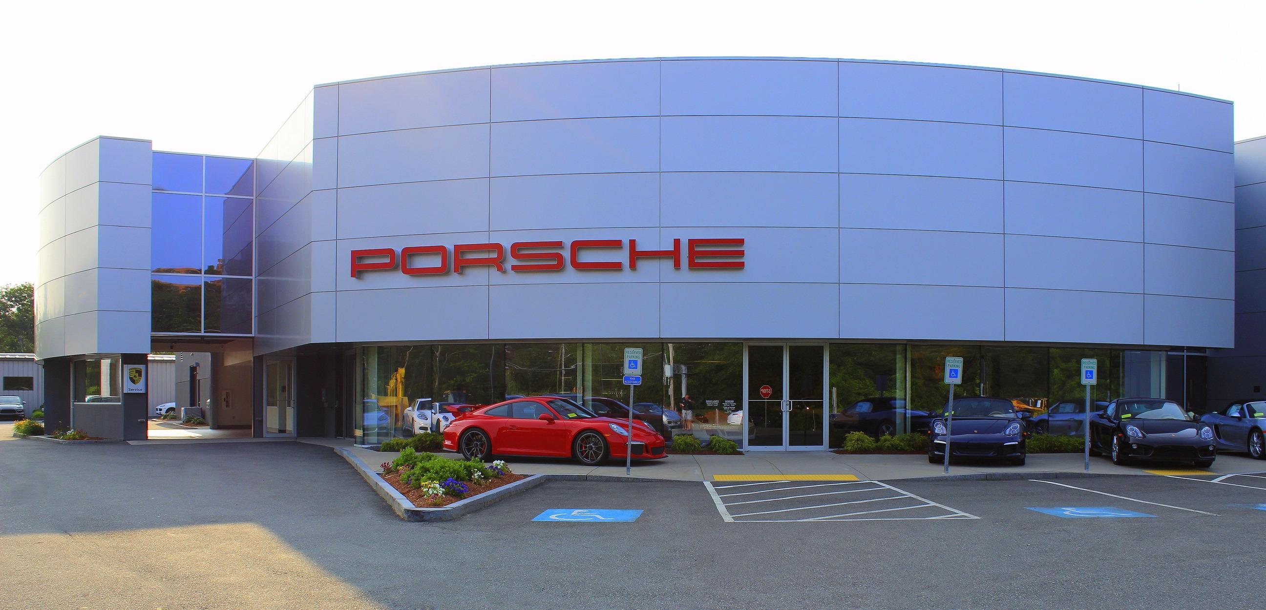 Porsche Burlington image 0