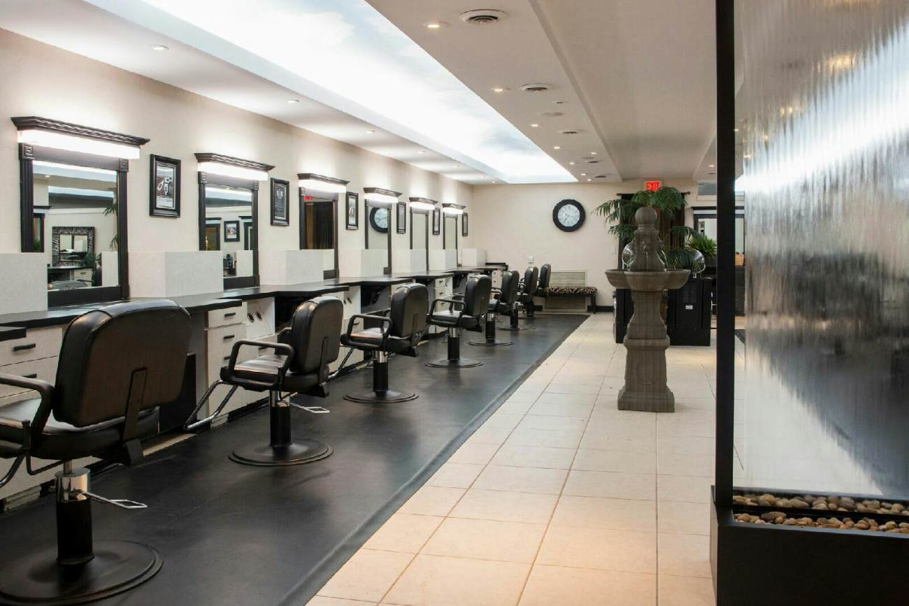 The ultimate veritas spa salons madison wi business for 007 salon madison wi